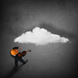 Hombre que juega melodía del éxito Imagen de archivo libre de regalías