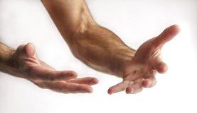 Hombre que muestra las manos Fotografía de archivo libre de regalías