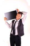 Hombre que sostiene la pantalla en blanco Fotos de archivo libres de regalías