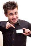 Hombre que sostiene una tarjeta Imagenes de archivo