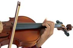 hombre que toca el violín en fondo blanco aislado Fotos de archivo libres de regalías