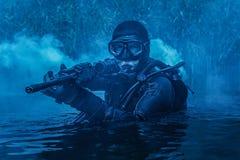 Hombre rana del SELLO de la marina de guerra imagen de archivo libre de regalías