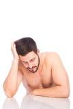 Hombre semidesnudo durmiente Foto de archivo libre de regalías