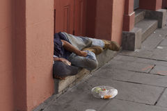 Hombre sin hogar en New Orleans Imagen de archivo