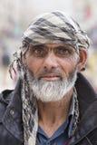 Hombre tibetano del retrato viejo en la calle en Leh, Ladakh La India Foto de archivo libre de regalías