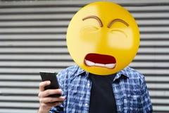 Hombre triste de la cabeza del emoji imágenes de archivo libres de regalías