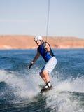 Hombre wakeboarding en el lago Powell 06 Fotografía de archivo libre de regalías