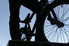 Hombre y BMX Foto de archivo libre de regalías