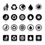 Hombre y compartimiento, reciclando, globo, iconos del poder del eco fijados Imágenes de archivo libres de regalías