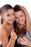 Hombre y mujer con la taza de té Imagen de archivo