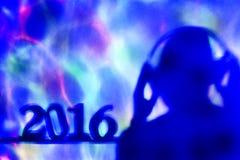 Hombre y número 2016 del disc jockey, como el Año Nuevo Fotografía de archivo