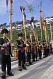 Hombres de la nacionalidad de Lusheng Miao del soplo Imagen de archivo