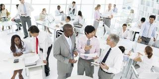 Hombres de negocios de la comunicación de la conversación que habla a Team Concept fotografía de archivo