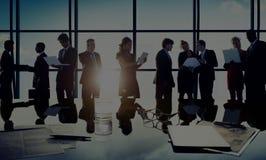 Hombres de negocios de la comunicación del planeamiento del concepto del plan fotos de archivo