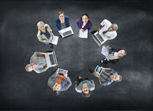 Hombres de negocios de la comunidad de la visión aérea del círculo del concepto del trabajo en equipo Imagen de archivo libre de regalías