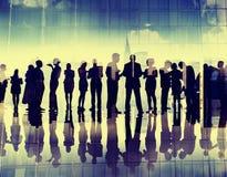 Hombres de negocios de la discusión corporativa Meeti de la conexión de la silueta Fotografía de archivo libre de regalías
