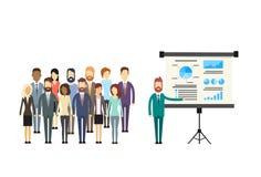 Hombres de negocios de la presentación Flip Chart Finance del grupo Imagen de archivo libre de regalías