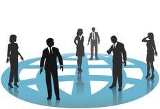 Hombres de negocios de las conexiones de la red del globo
