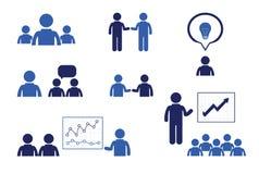 Hombres de negocios de las reuniones y conferencias Presentaciones del entrenamiento Imágenes de archivo libres de regalías