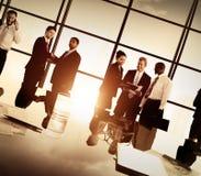Hombres de negocios de Team Discussion Meeting Concept corporativo Imagen de archivo