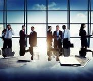 Hombres de negocios de Team Discussion Meeting Concept corporativo Foto de archivo