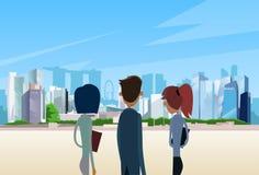 Hombres de negocios de Team Singapore City View Imagenes de archivo