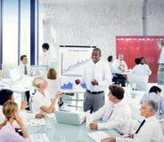 Hombres de negocios de Team Teamwork Cooperation Occupation Partnership Fotografía de archivo libre de regalías