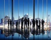 Hombres de negocios del éxito Team Discussion Brainstorming C de la estrategia foto de archivo libre de regalías