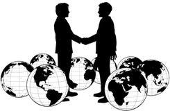 Hombres de negocios del apretón de manos global del acuerdo Fotos de archivo libres de regalías
