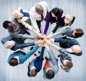 Hombres de negocios del compañero de trabajo Team Concept de la cooperación Imagen de archivo libre de regalías