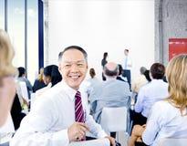 Hombres de negocios del concepto de Team Teamwork Cooperation Occupation Partnership Fotografía de archivo