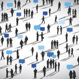 Hombres de negocios del discurso de las burbujas de la comunicación del concepto de la discusión stock de ilustración