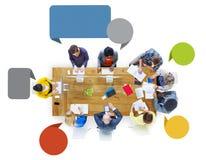 Hombres de negocios del diseño Team Brainstorming Meeting Concept fotos de archivo
