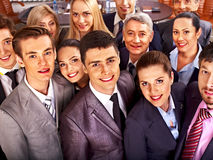 Hombres de negocios del grupo en oficina. Imágenes de archivo libres de regalías