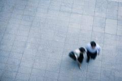 Hombres de negocios el caminar Fotos de archivo