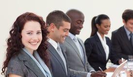 Hombres de negocios en una reunión imagen de archivo libre de regalías