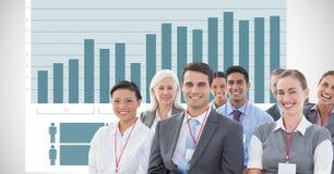 Hombres de negocios felices contra gráfico imagenes de archivo