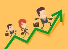 Hombres de negocios funcionados con para arriba en el gráfico Imagen de archivo