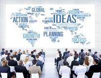 Hombres de negocios globales de la conferencia del seminario del concepto de las ideas Fotos de archivo