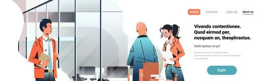 Hombres de negocios que comunican el personaje de dibujos animados hembra-varón coworking moderno del lugar de trabajo creativo i ilustración del vector
