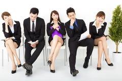 hombres de negocios que esperan entrevista Foto de archivo