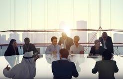 Hombres de negocios que hacen frente a la cooperación Team Concept Fotografía de archivo libre de regalías