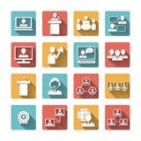 Hombres de negocios que hacen frente a los iconos fijados Imagenes de archivo