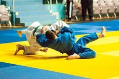 Hombres jovenes en judo Imagenes de archivo