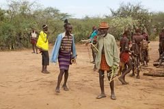 Hombres tribales africanos Imágenes de archivo libres de regalías