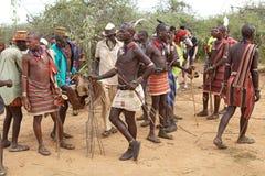 Hombres tribales africanos Fotos de archivo