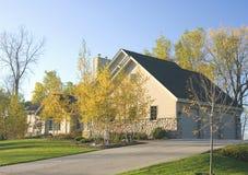 HOME da propriedade do outono Imagem de Stock Royalty Free