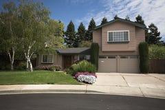 Casa de Califórnia do norte Subruban foto de stock royalty free