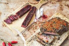 A HOME fêz o salami foto de stock royalty free