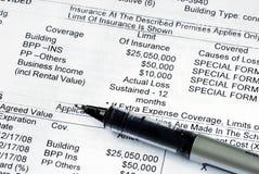 home försäkringpolitikegenskap royaltyfria bilder